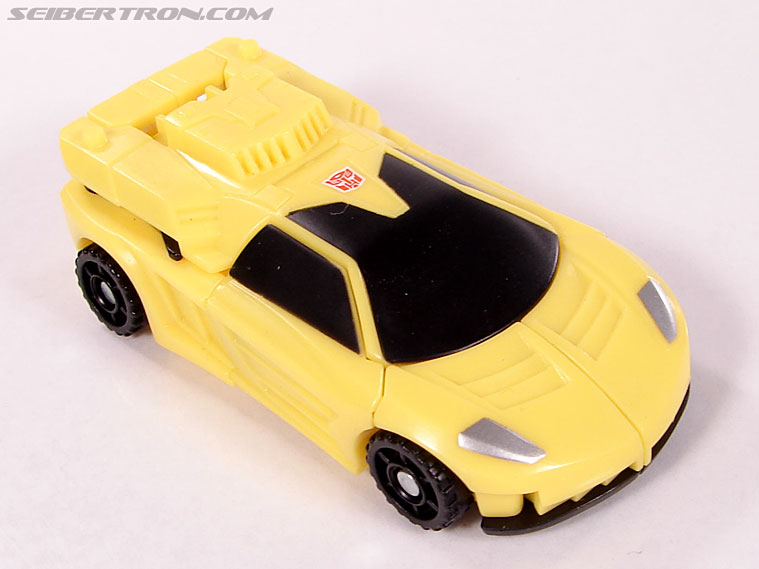 Transformers Classics Bumblebee (Image #16 of 63)