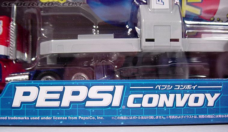 Transformers Classics Pepsi Optimus Prime (Pepsi Convoy) (Image #6 of 202)