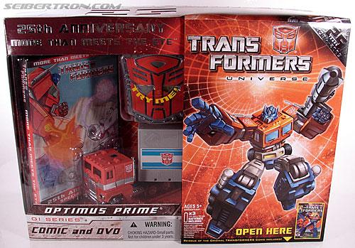 Transformers Classics Optimus Prime (25th Anniversary) (Image #1 of 267)