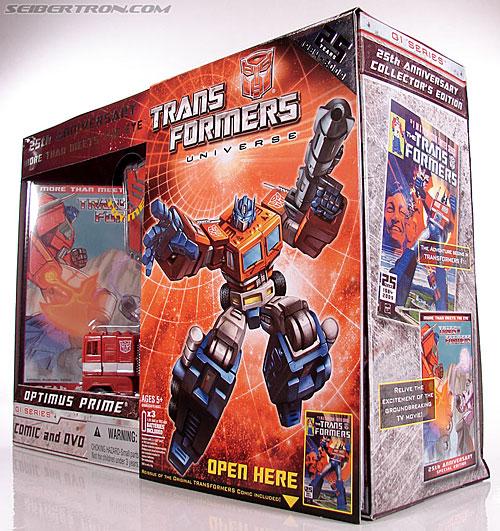 Transformers Classics Optimus Prime (25th Anniversary) (Image #31 of 267)