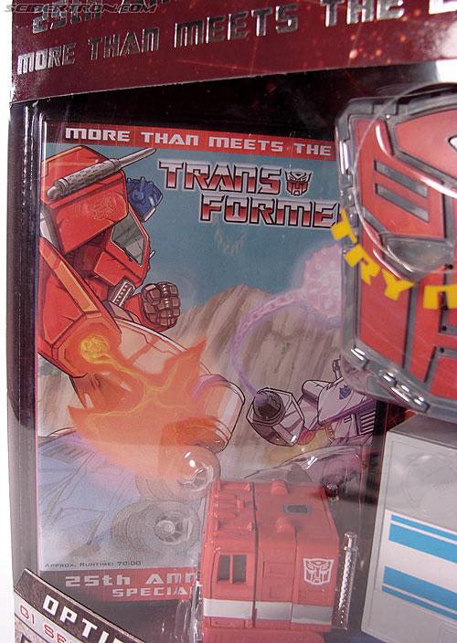 Transformers Classics Optimus Prime (25th Anniversary) (Image #37 of 267)