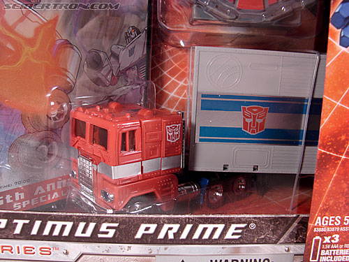 Transformers Classics Optimus Prime (25th Anniversary) (Image #38 of 267)