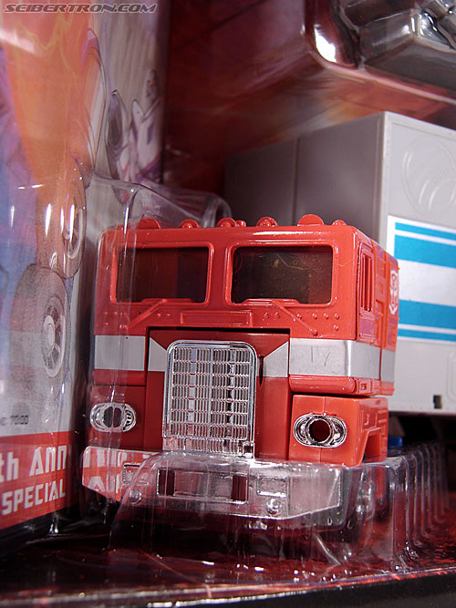 Transformers Classics Optimus Prime (25th Anniversary) (Image #50 of 267)