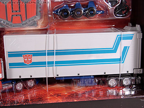 Transformers Classics Optimus Prime (25th Anniversary) (Image #51 of 267)