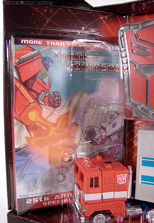 Transformers Classics Optimus Prime (25th Anniversary) (Image #52 of 267)