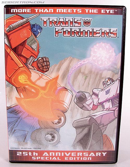 Transformers Classics Optimus Prime (25th Anniversary) (Image #54 of 267)