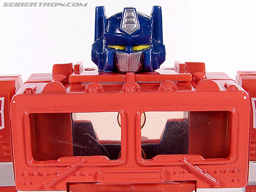 Transformers Classics Optimus Prime (25th Anniversary) gallery