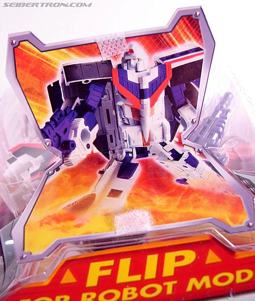 Transformers Classics Astrotrain (Image #4 of 102)