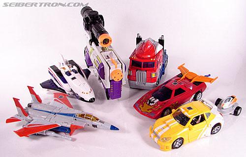 Transformers Classics Astrotrain (Image #39 of 102)