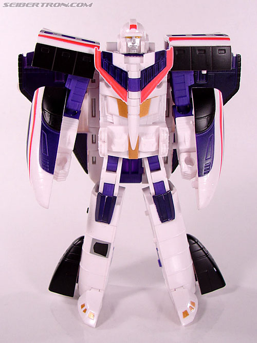 Transformers Classics Astrotrain (Image #58 of 102)