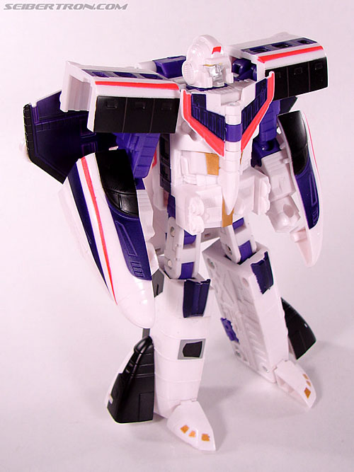 Transformers Classics Astrotrain (Image #59 of 102)