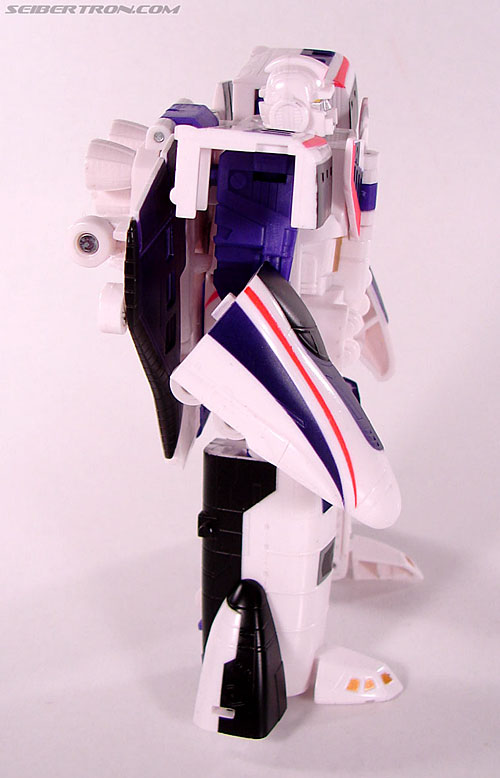 Transformers Classics Astrotrain (Image #60 of 102)