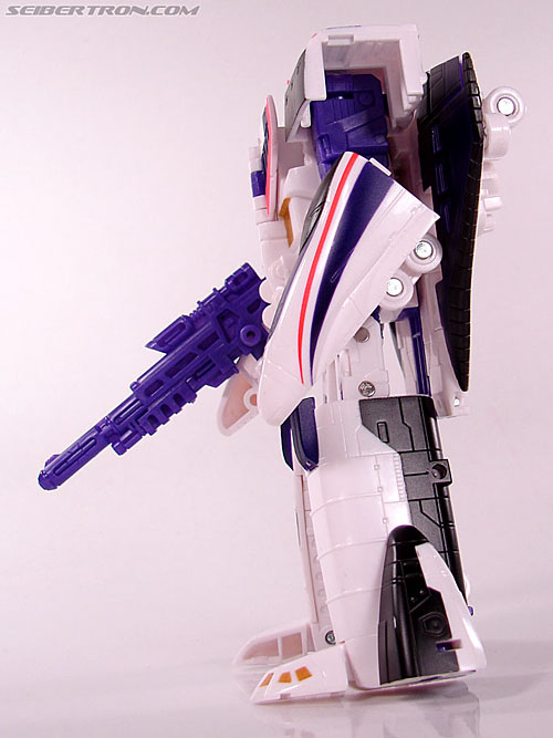 Transformers Classics Astrotrain (Image #64 of 102)