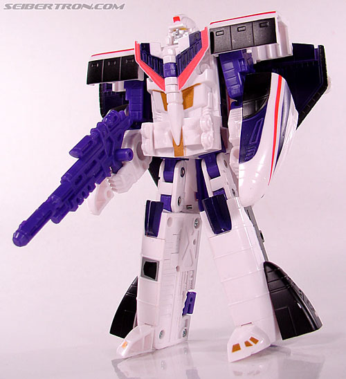 Transformers Classics Astrotrain (Image #65 of 102)