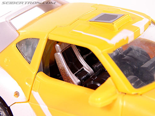 Transformers Classics Bumblebee (Bumble) (Image #18 of 93)