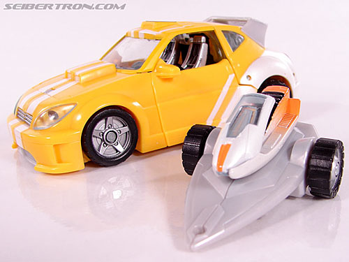 Transformers Classics Bumblebee (Bumble) (Image #23 of 93)
