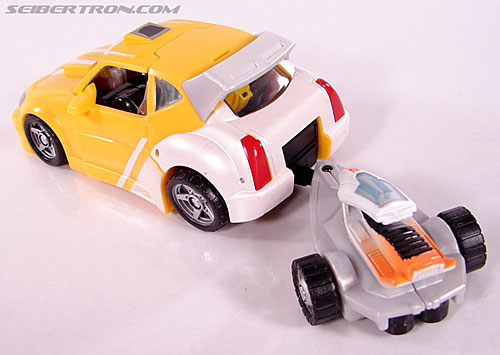 Transformers Classics Bumblebee (Bumble) (Image #25 of 93)