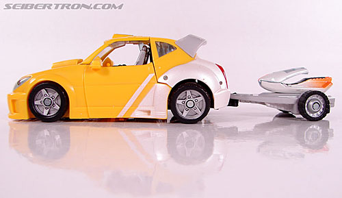 Transformers Classics Bumblebee (Bumble) (Image #26 of 93)