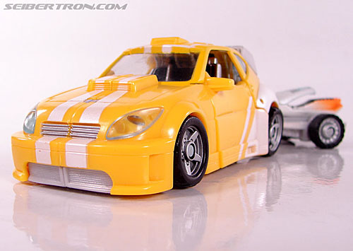 Transformers Classics Bumblebee (Bumble) (Image #28 of 93)
