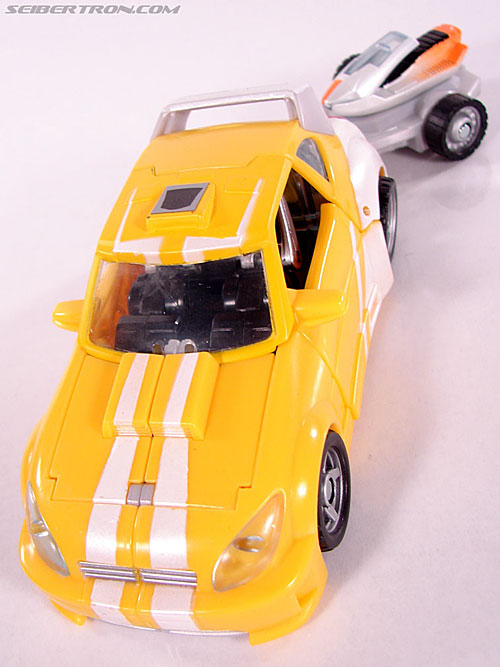 Transformers Classics Bumblebee (Bumble) (Image #31 of 93)
