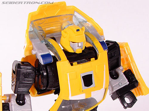 Transformers Classics Bumblebee (Bumble) (Image #40 of 93)