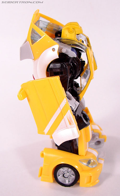 Transformers Classics Bumblebee (Bumble) (Image #41 of 93)