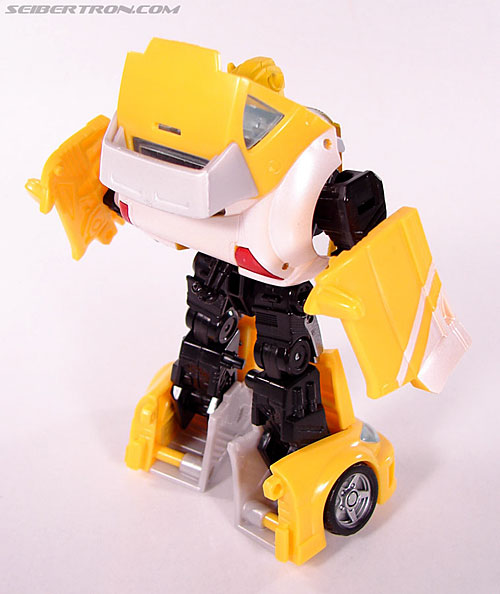 Transformers Classics Bumblebee (Bumble) (Image #42 of 93)