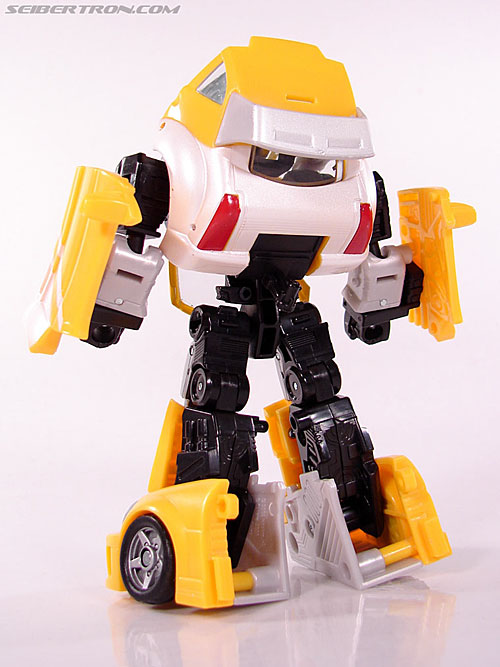 Transformers Classics Bumblebee (Bumble) (Image #44 of 93)