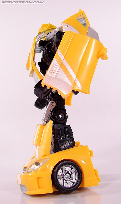 Transformers Classics Bumblebee (Bumble) (Image #45 of 93)