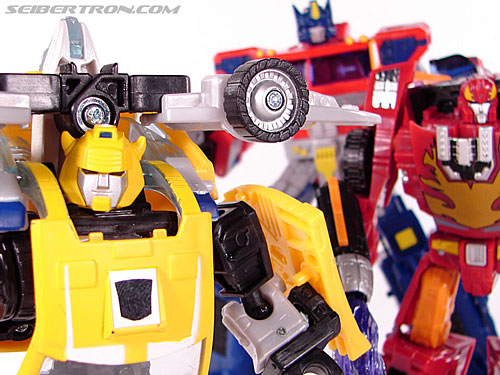 Transformers Classics Bumblebee (Bumble) (Image #86 of 93)