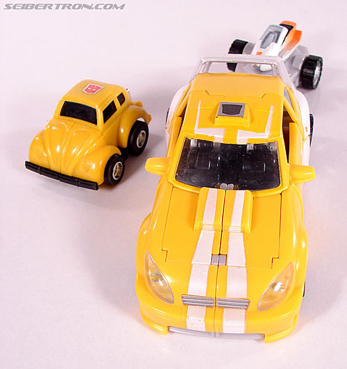 Transformers Classics Bumblebee (Bumble) (Image #88 of 93)
