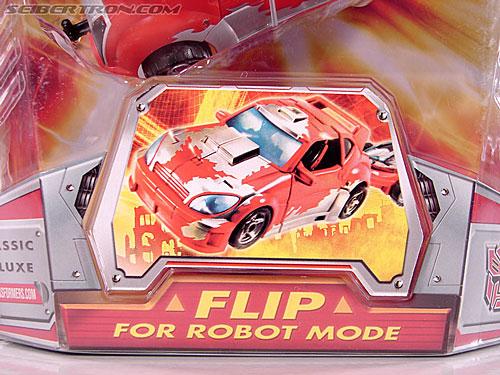 Transformers Classics Cliffjumper (Image #4 of 108)