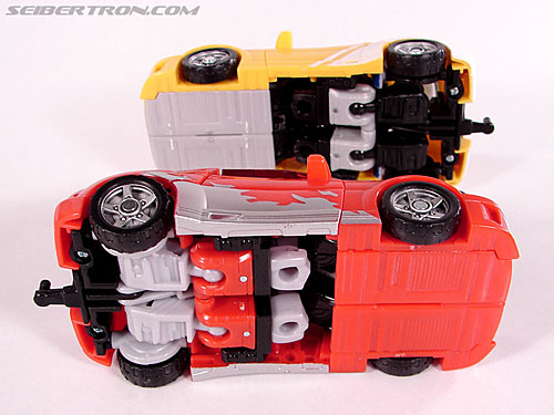 Transformers Classics Cliffjumper (Image #34 of 108)