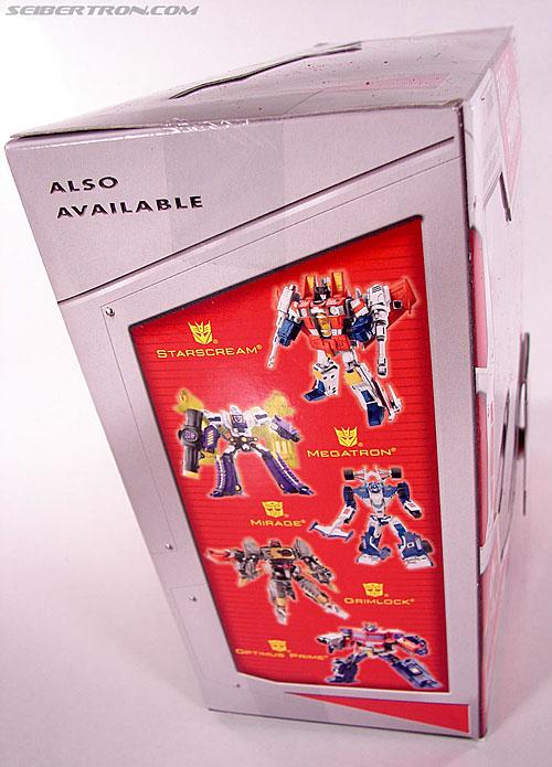 Transformers Classics Jetfire (Skyfire) (Image #6 of 163)