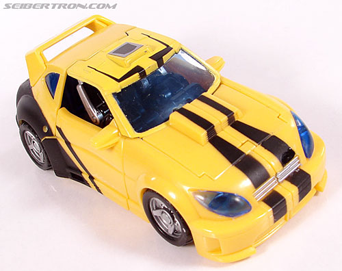 Transformers Classics Bumblebee (Bumble) (Image #30 of 126)