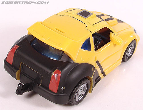 Transformers Classics Bumblebee (Bumble) (Image #34 of 126)
