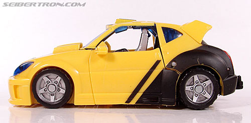 Transformers Classics Bumblebee (Bumble) (Image #38 of 126)