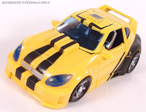 Transformers Classics Bumblebee (Bumble) (Image #40 of 126)