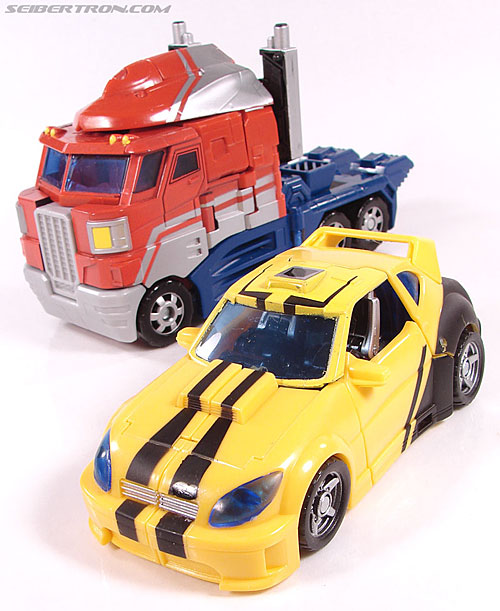 Transformers Classics Bumblebee (Bumble) (Image #56 of 126)