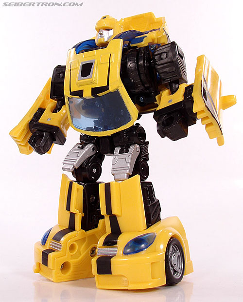 Transformers Classics Bumblebee (Bumble) (Image #76 of 126)