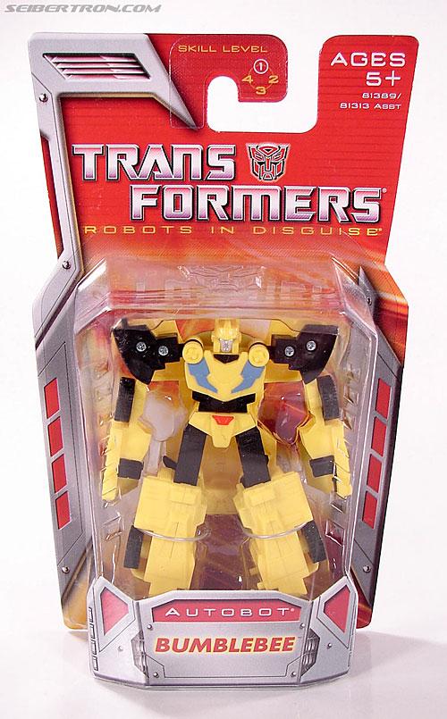 Transformers Classics Bumblebee (Image #1 of 63)