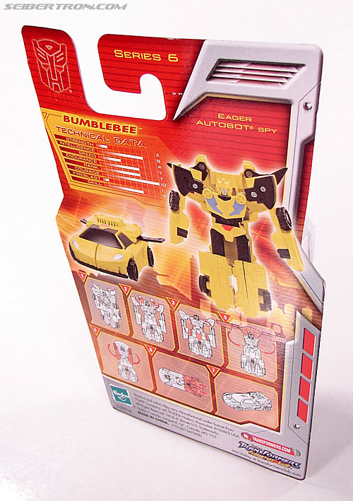 Transformers Classics Bumblebee (Image #5 of 63)