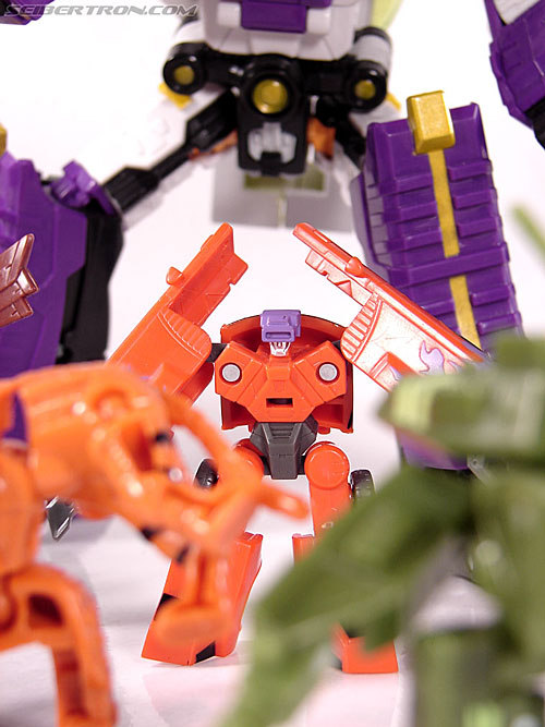 Transformers Classics Oil Slick (Image #38 of 38)