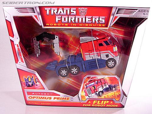 Transformers Classics Optimus Prime (Convoy) (Image #2 of 98)