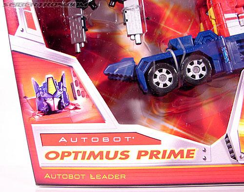 Transformers Classics Optimus Prime (Convoy) (Image #4 of 98)