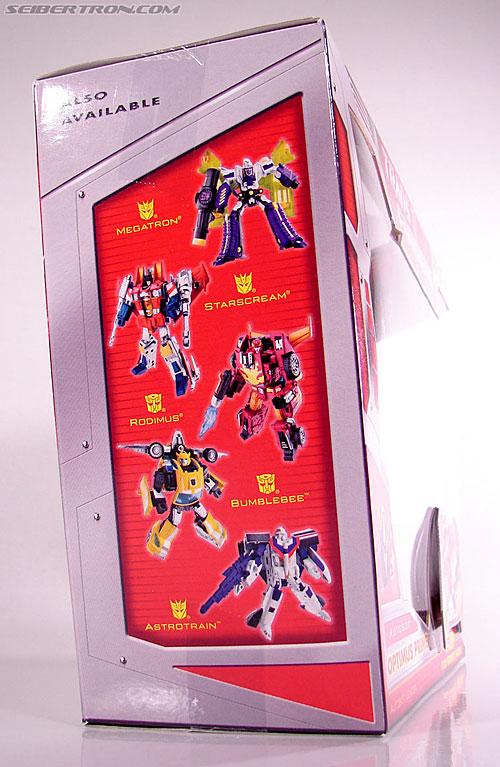 Transformers Classics Optimus Prime (Convoy) (Image #8 of 98)