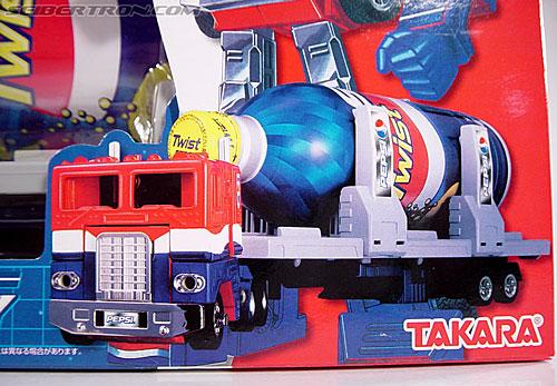 Transformers Classics Pepsi Optimus Prime (Pepsi Convoy) (Image #5 of 202)