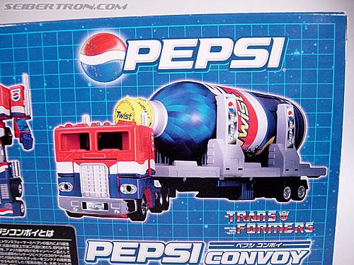 Transformers Classics Pepsi Optimus Prime (Pepsi Convoy) (Image #15 of 202)