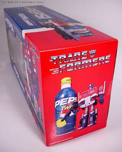 Transformers Classics Pepsi Optimus Prime (Pepsi Convoy) (Image #21 of 202)