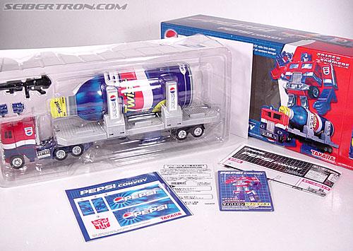 Transformers Classics Pepsi Optimus Prime (Pepsi Convoy) (Image #27 of 202)